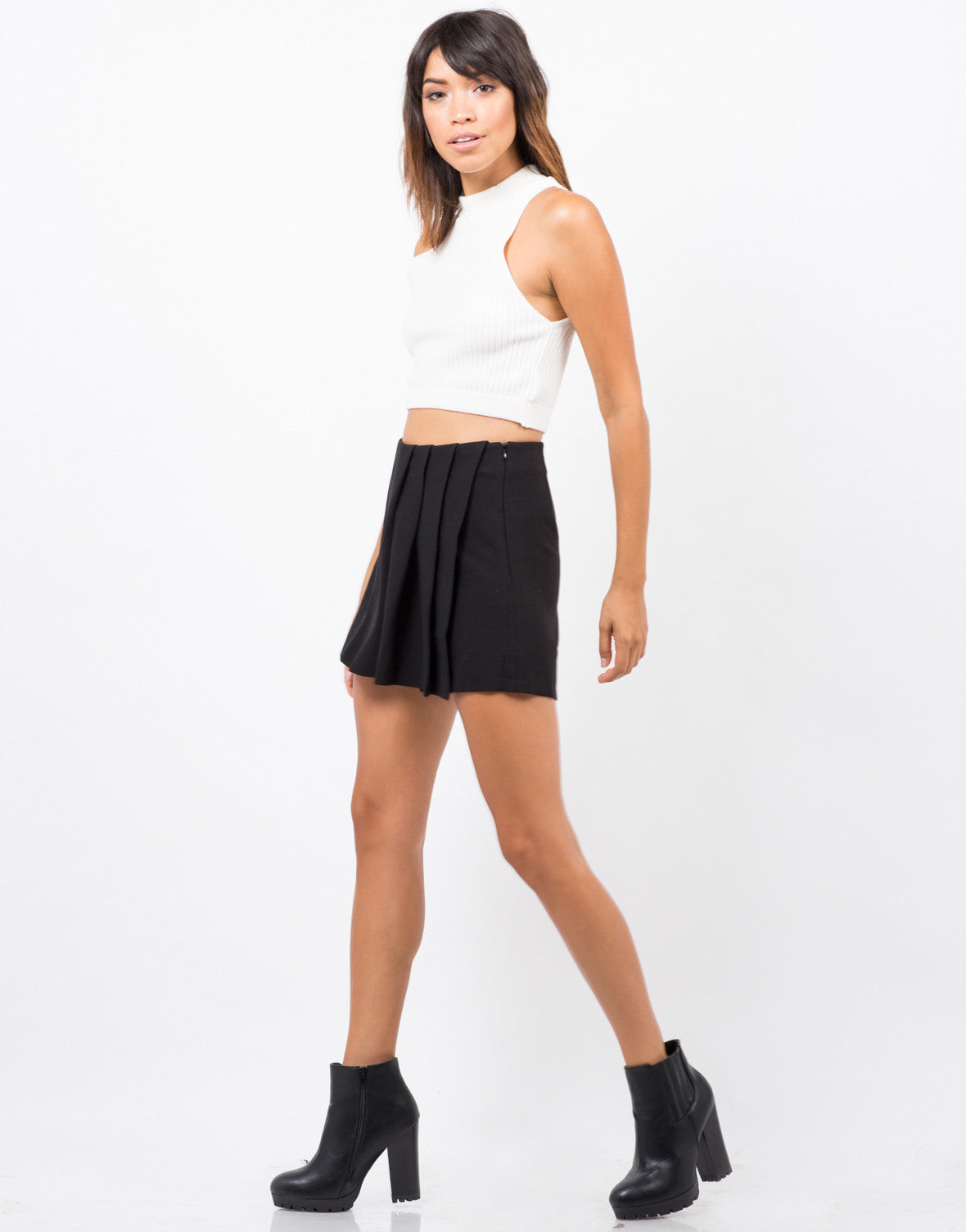 Side View of Pleated Skort