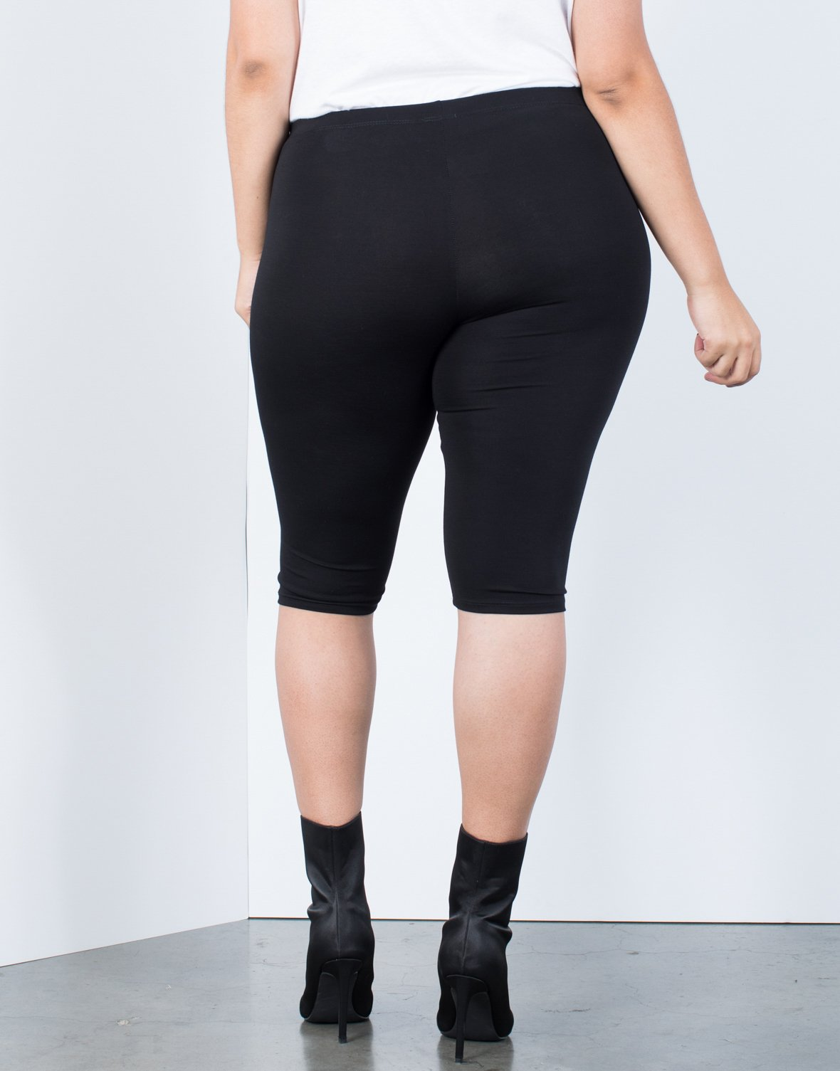 Plus Size Bermuda Active Shorts - 2020AVE