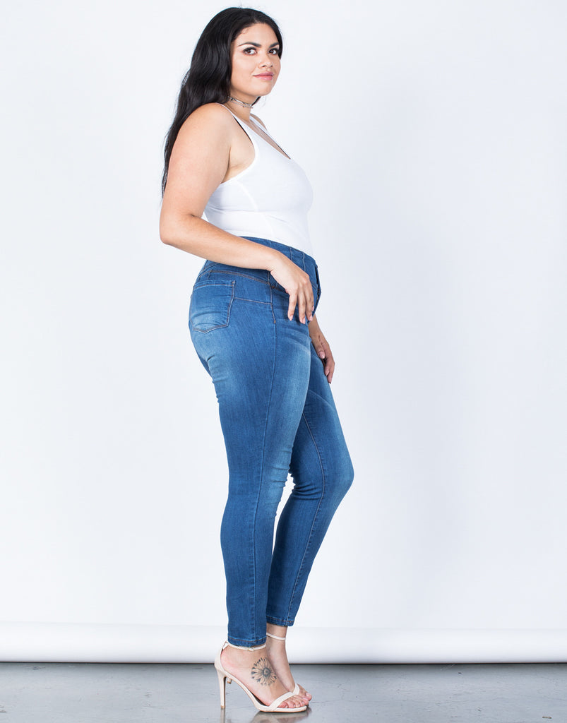 Side View of Plus Size Buttoned High Up Jeans