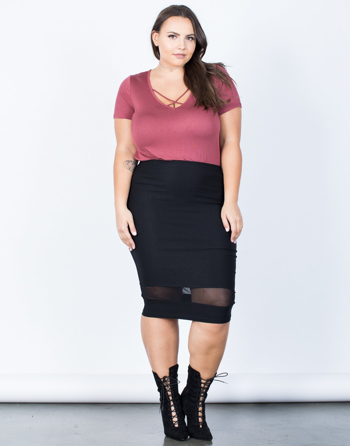 Plus Size Mesh Lined Bodycon Skirt - 2020AVE