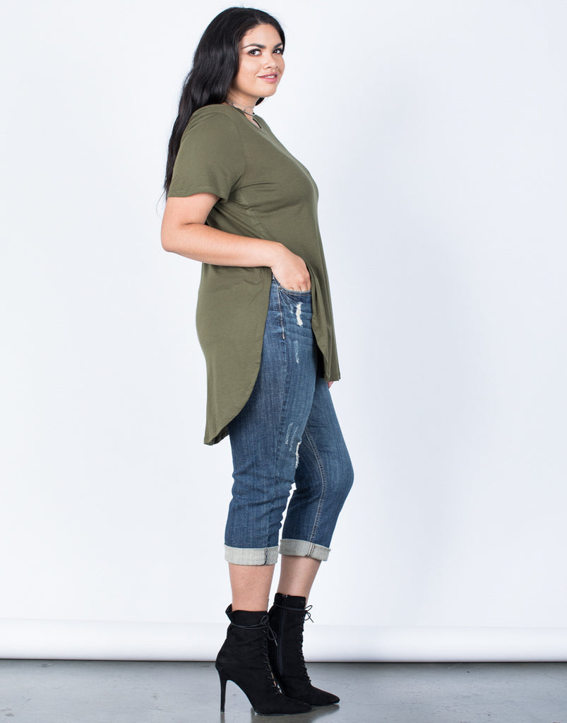 Side View of Plus Size Slit Apart Tee