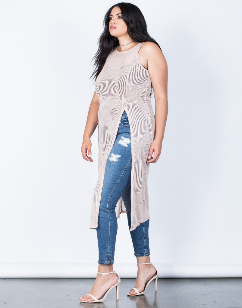 Side View of Plus Size Summer Vacay Maxi Top