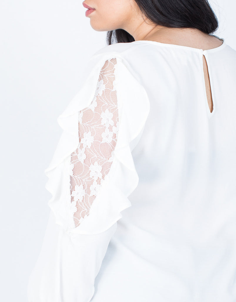 Detail of Plus Size Wavy Ruffled Blouse