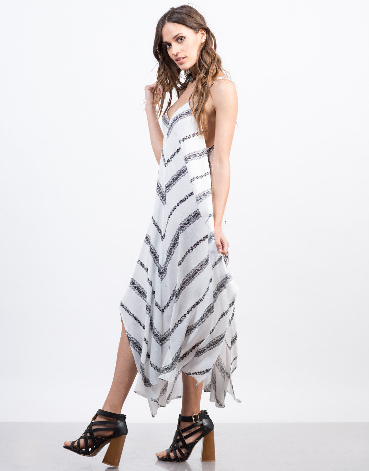 Side View of Printed Flowy Summer Dress