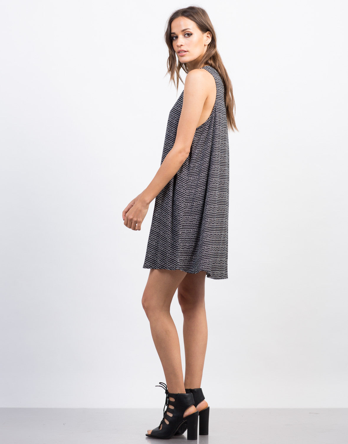 Side View of Printed Sleeveless Shift Dress