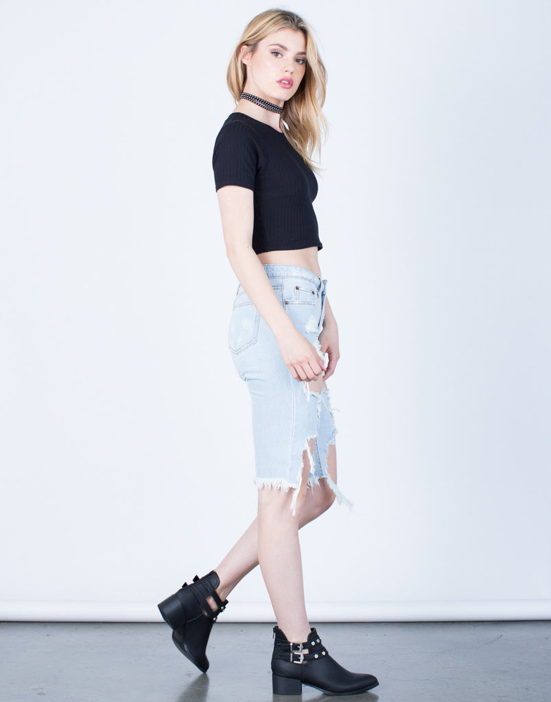 Side View of Rib Knit Cropped Tee
