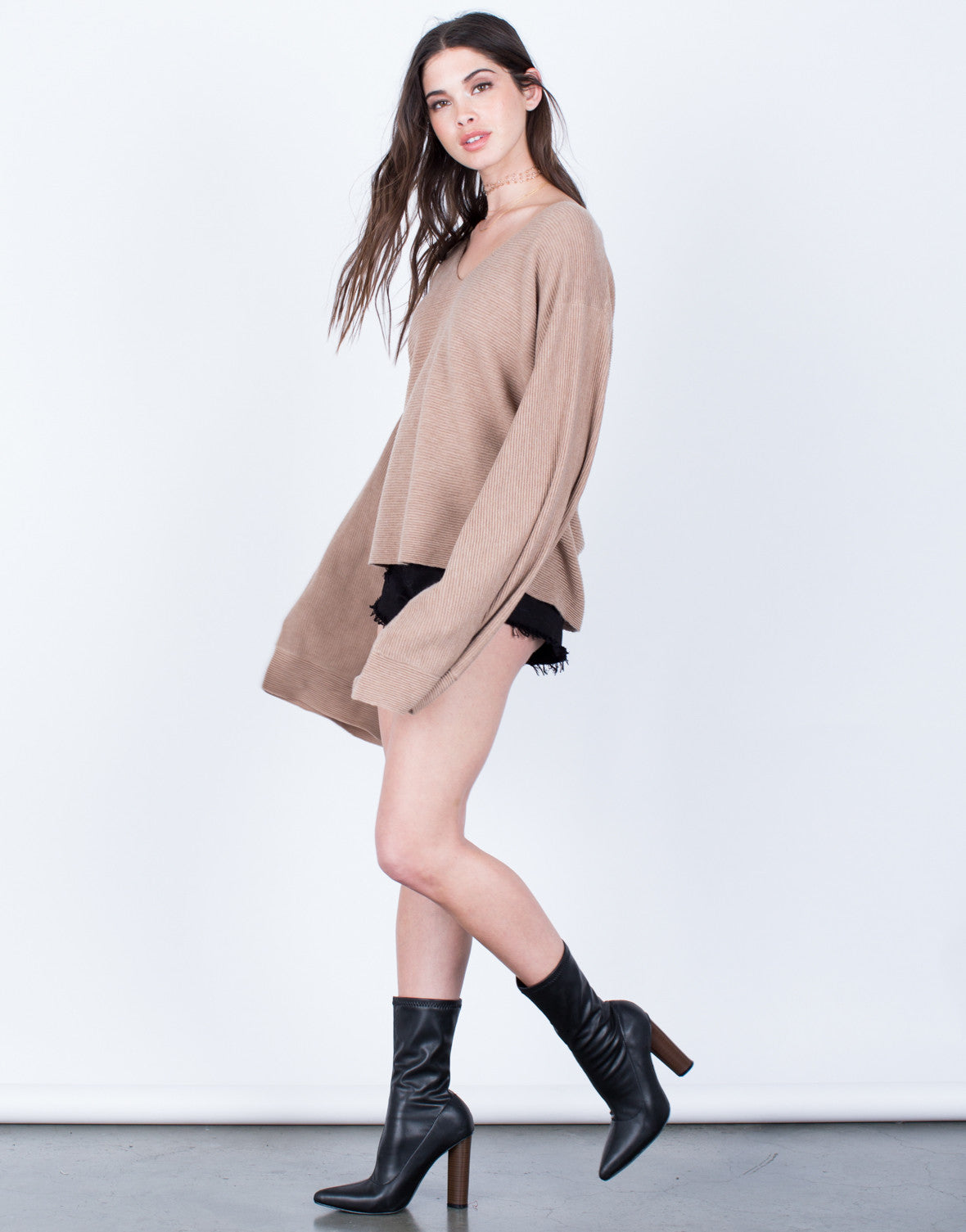 Side View of Rib Knit Extreme Sleeves Top
