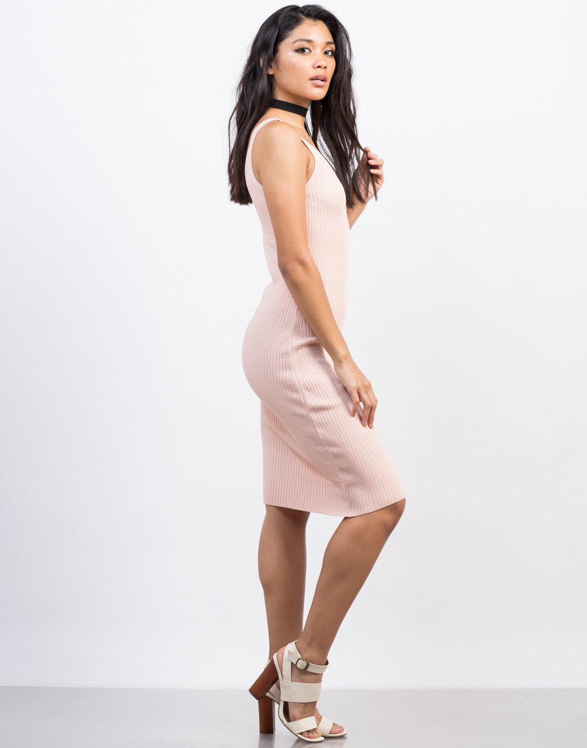 Side View of Ribbed Bodycon Midi Dress