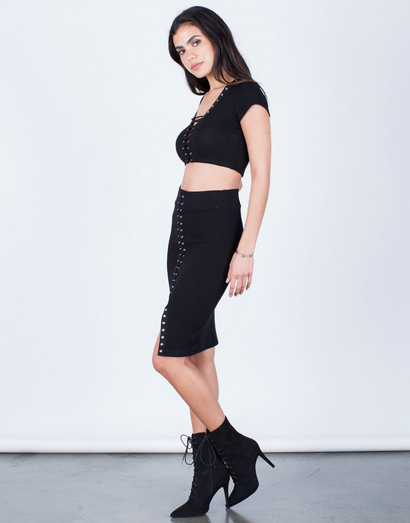 Side View of Ribbed Knit Lace-Up Skirt