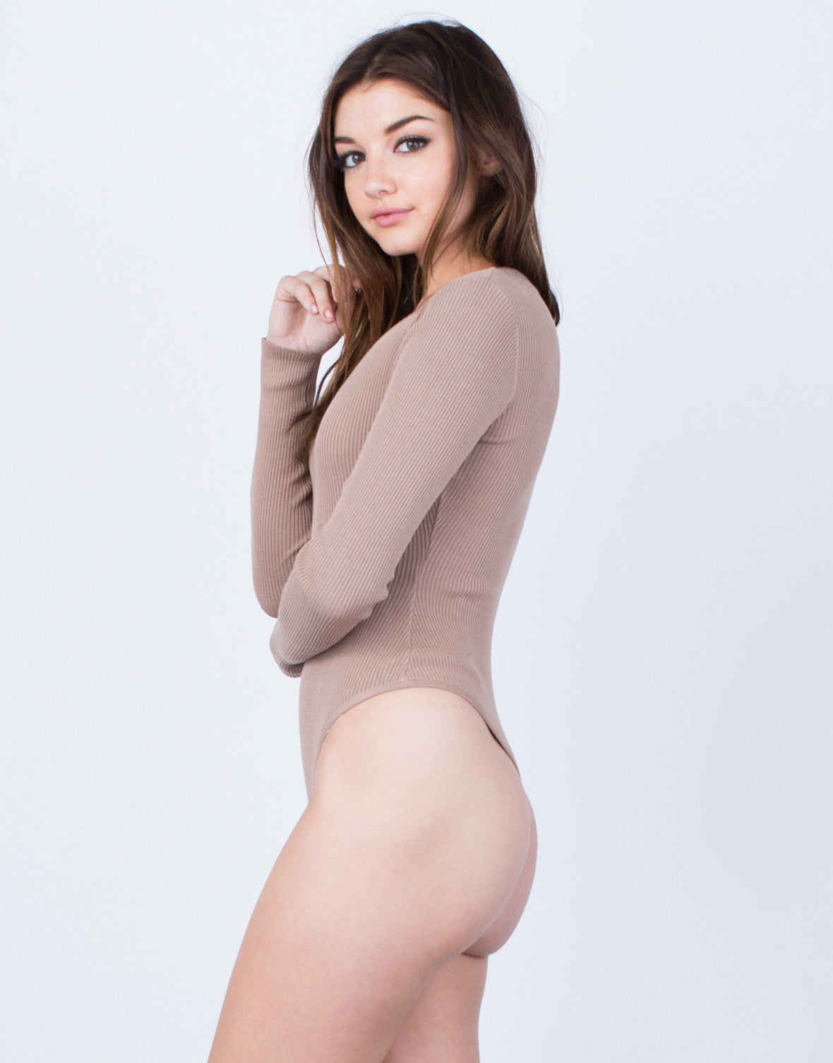 Side View of Ribbed L/S Bodysuit