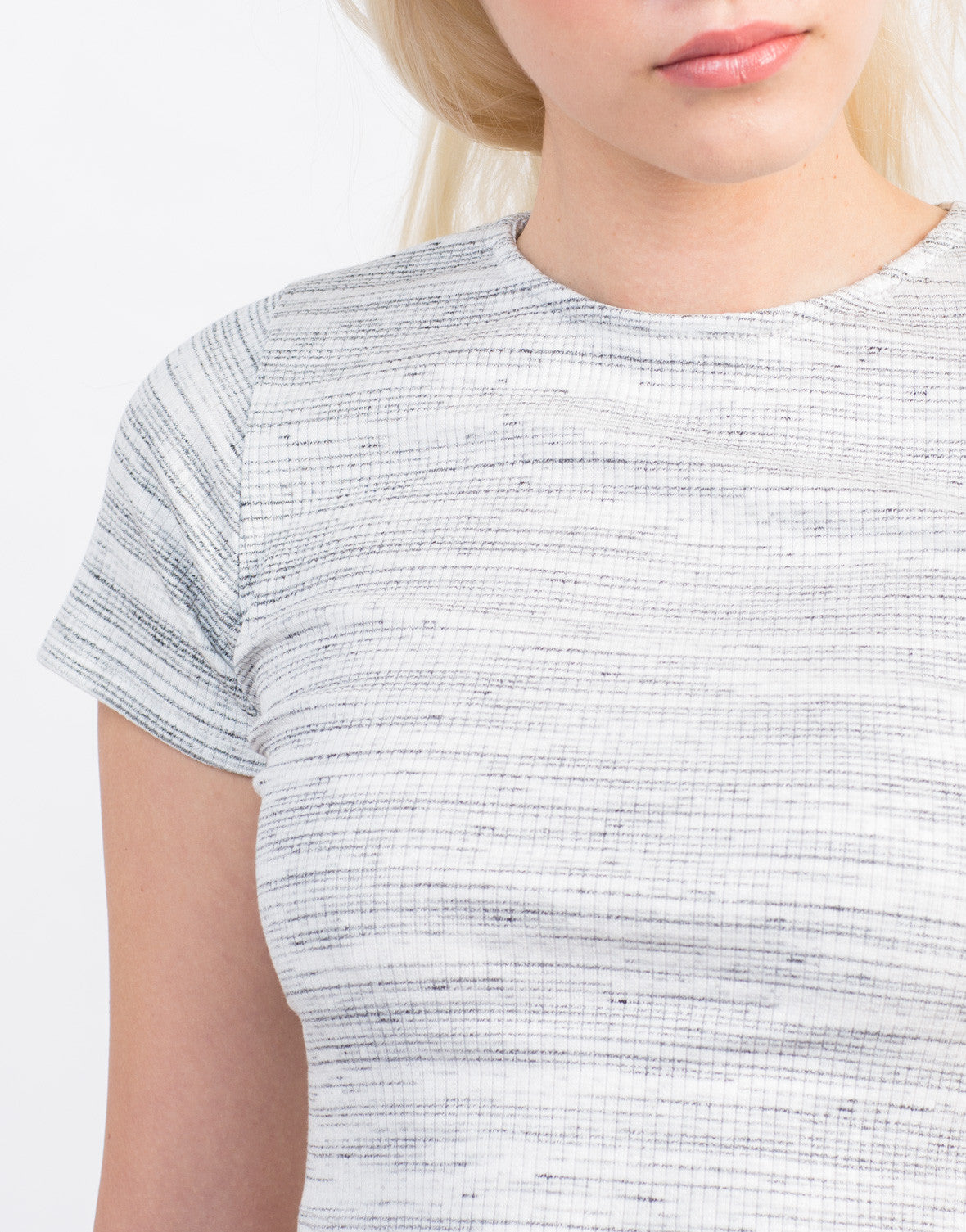 Ribbed Striped Cropped Tee - 2020AVE