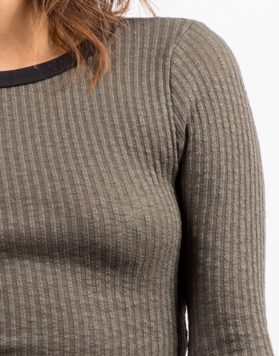 Detail of Ribbed Contrast 3/4 Top