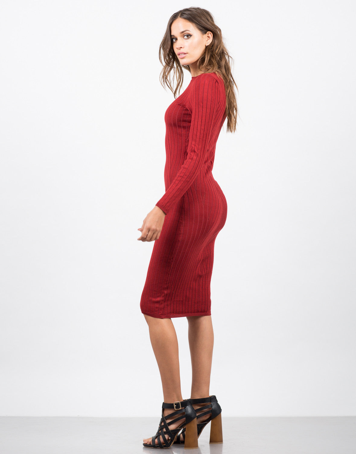Side View of Ribbed Knit Midi Dress