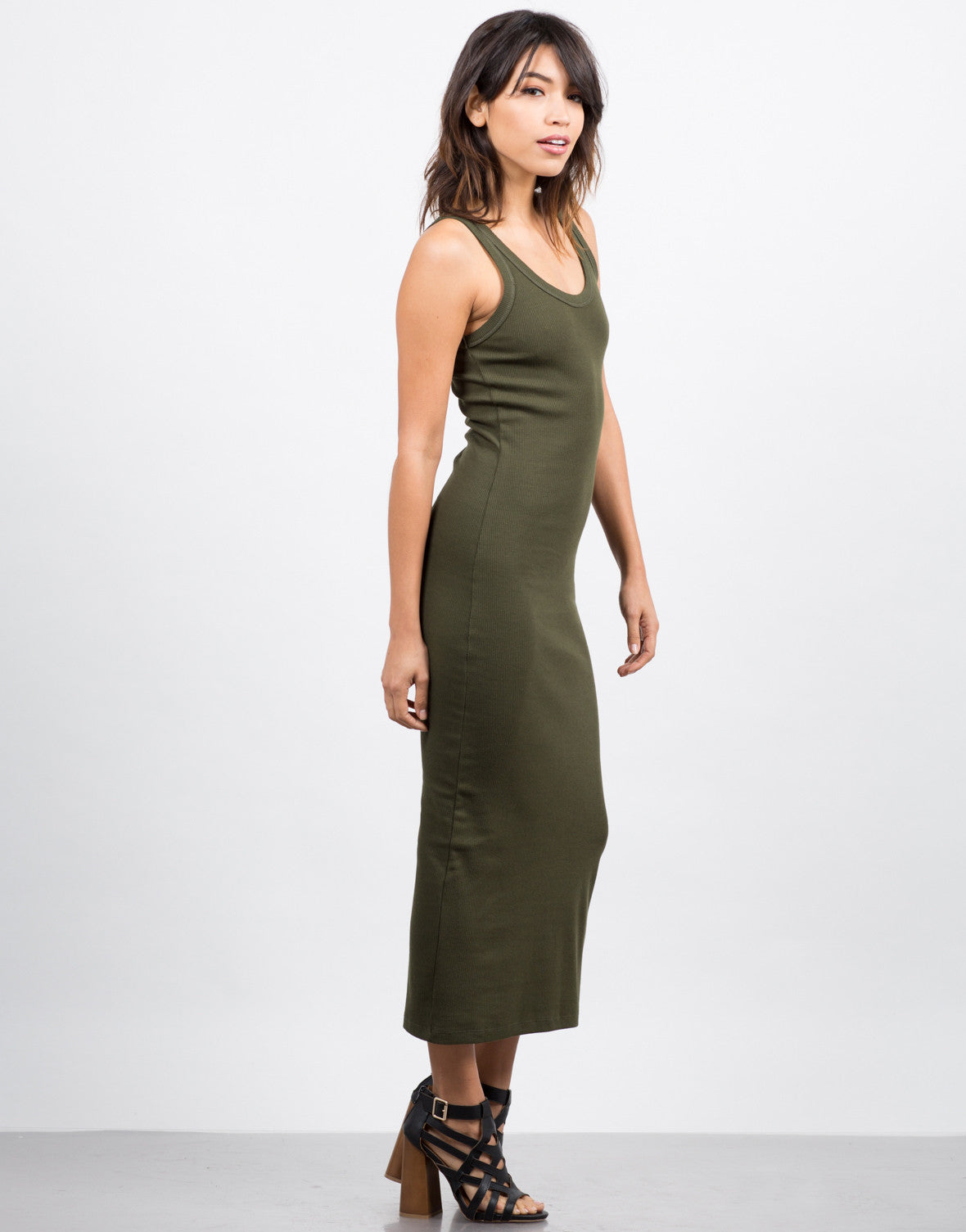 Side View of Ribbed Maxi Dress