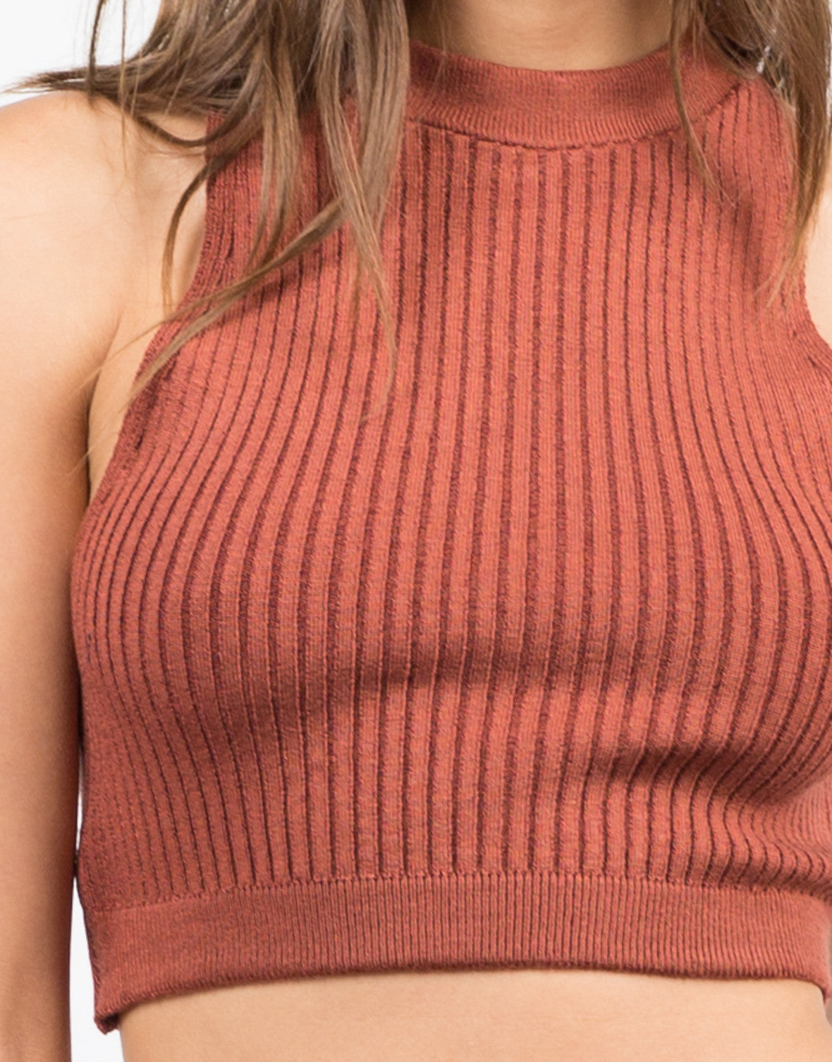 Detail of Ribbed Mock Neck Cropped Top - Brick