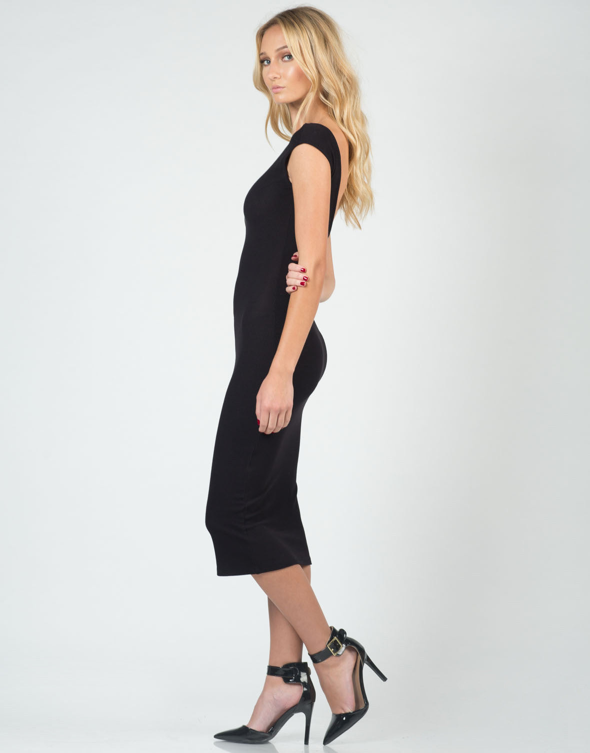Side View of Ribbed U-Back Midi Dress