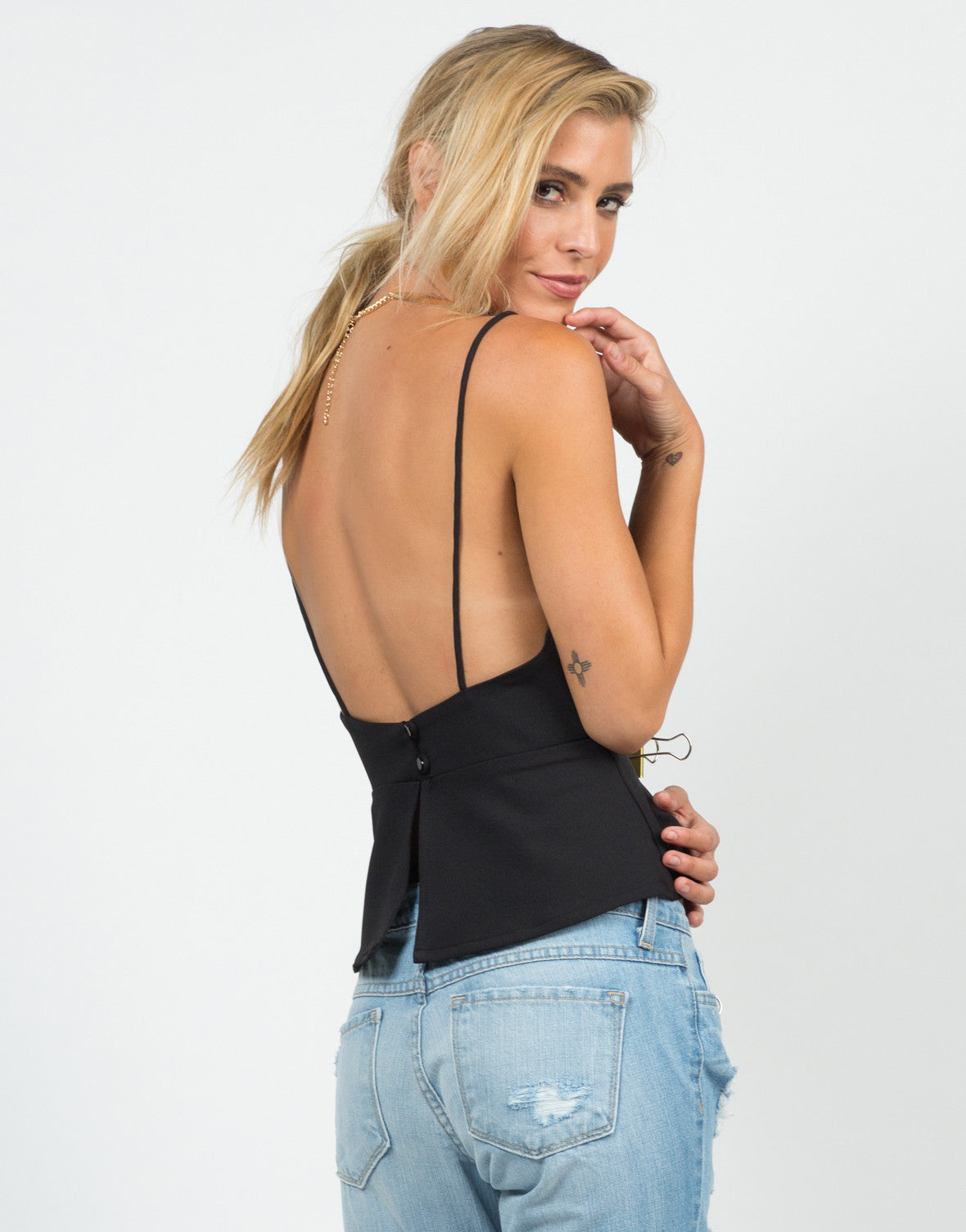 Back View of Scalloped Detail Top