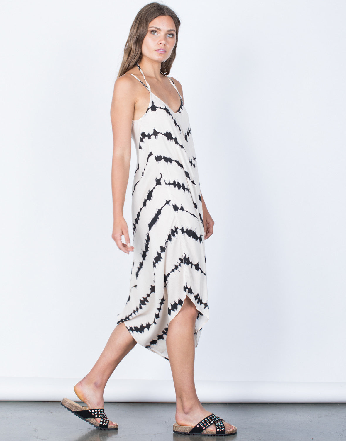 Side View of Scattered Movement Dress