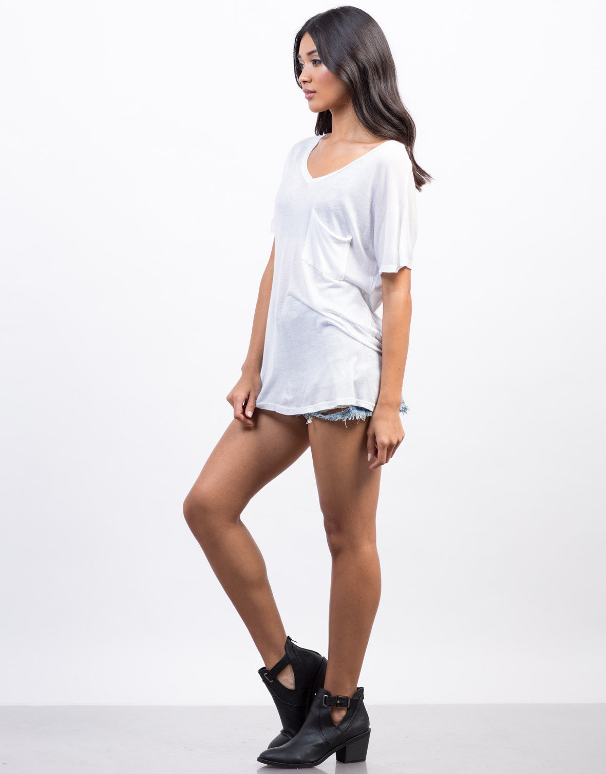 Side View of Sheer Pocket Basic Tee