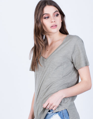 Detail of Side Slit Pocket Tee