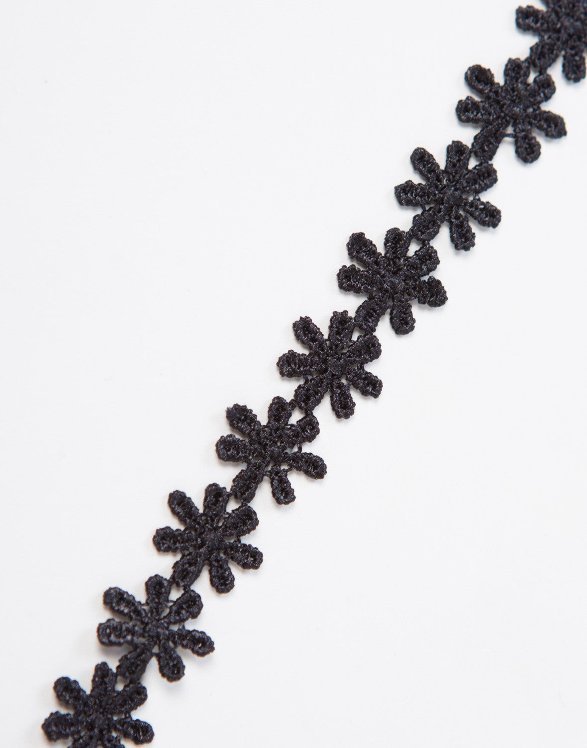 Simple Floral Choker