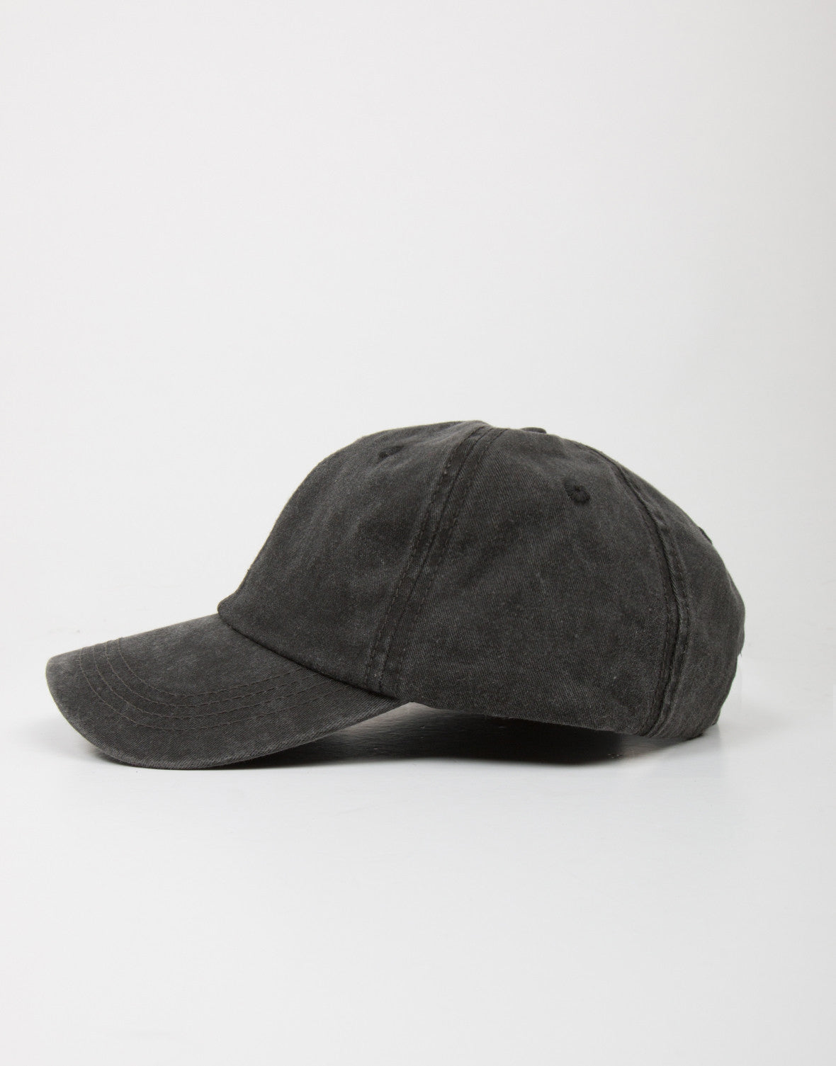 Side View of Simple Sporty Baseball Cap