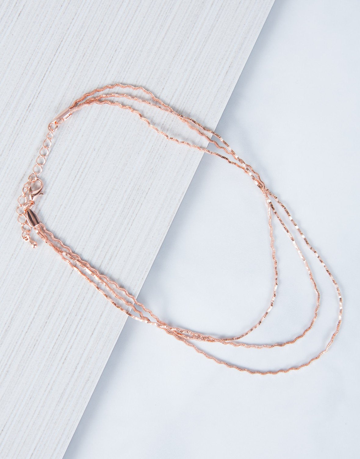 Rose Gold Sparkly Waves Choker - Front Detail