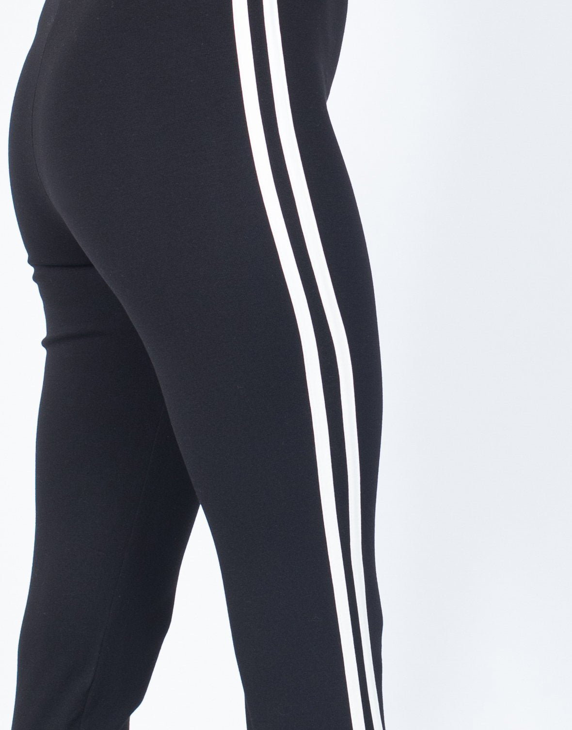 Finest Sporty Stirrup Leggings – 2020AVE JQ55