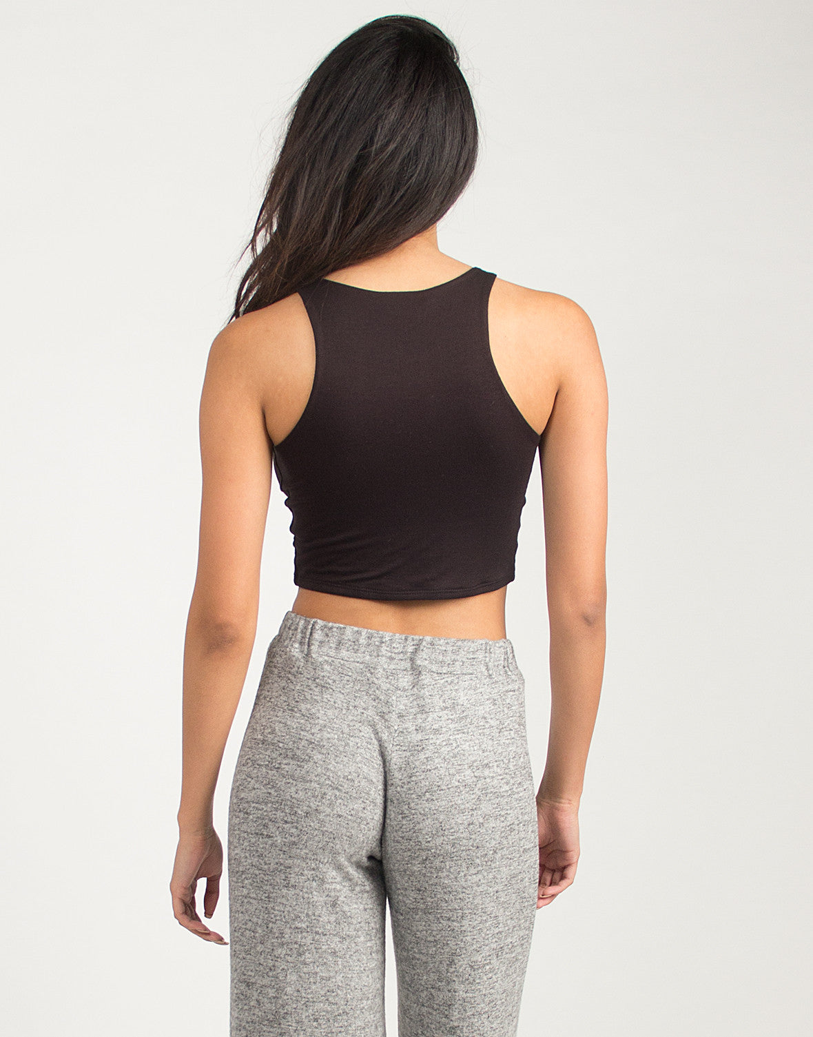 Sporty and Simple Cropped Tank - Black - Large - 2020AVE