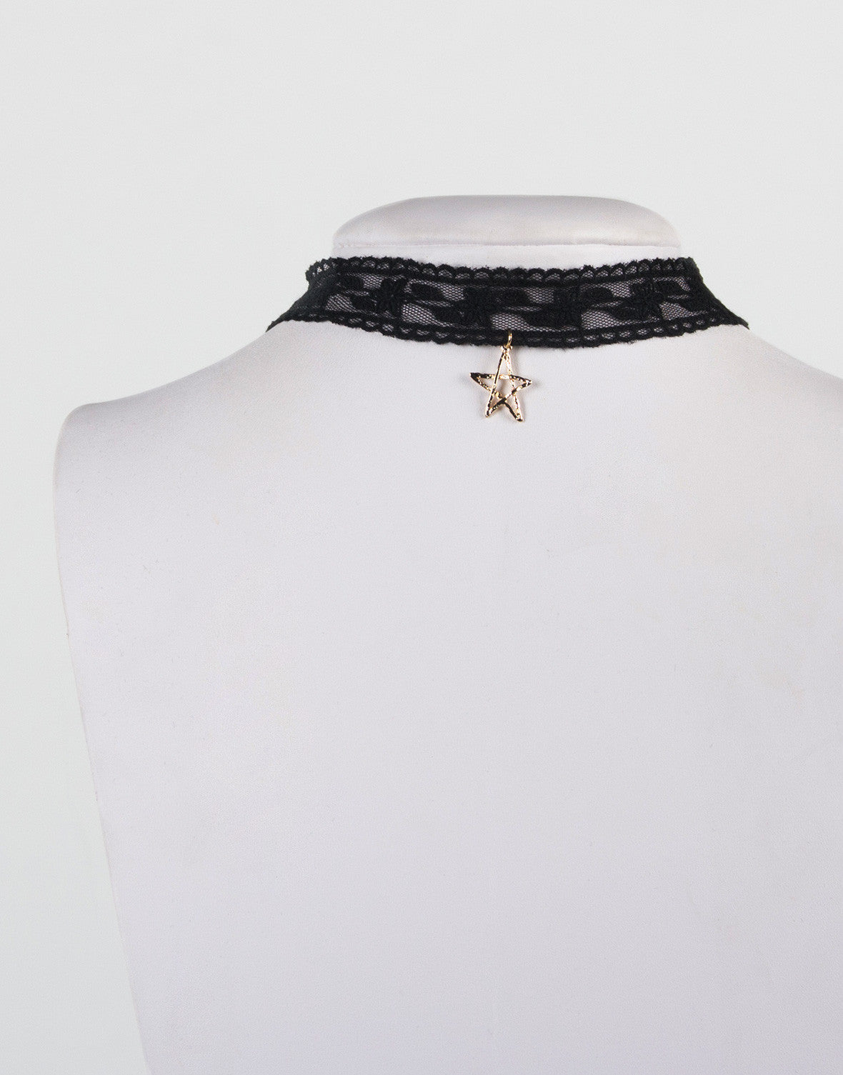 Star Pendant Lacey Choker Necklace - 2020AVE