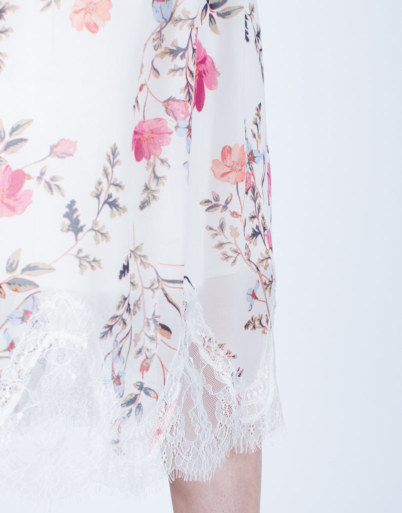 Detail of Strapless Floral Printed Dress