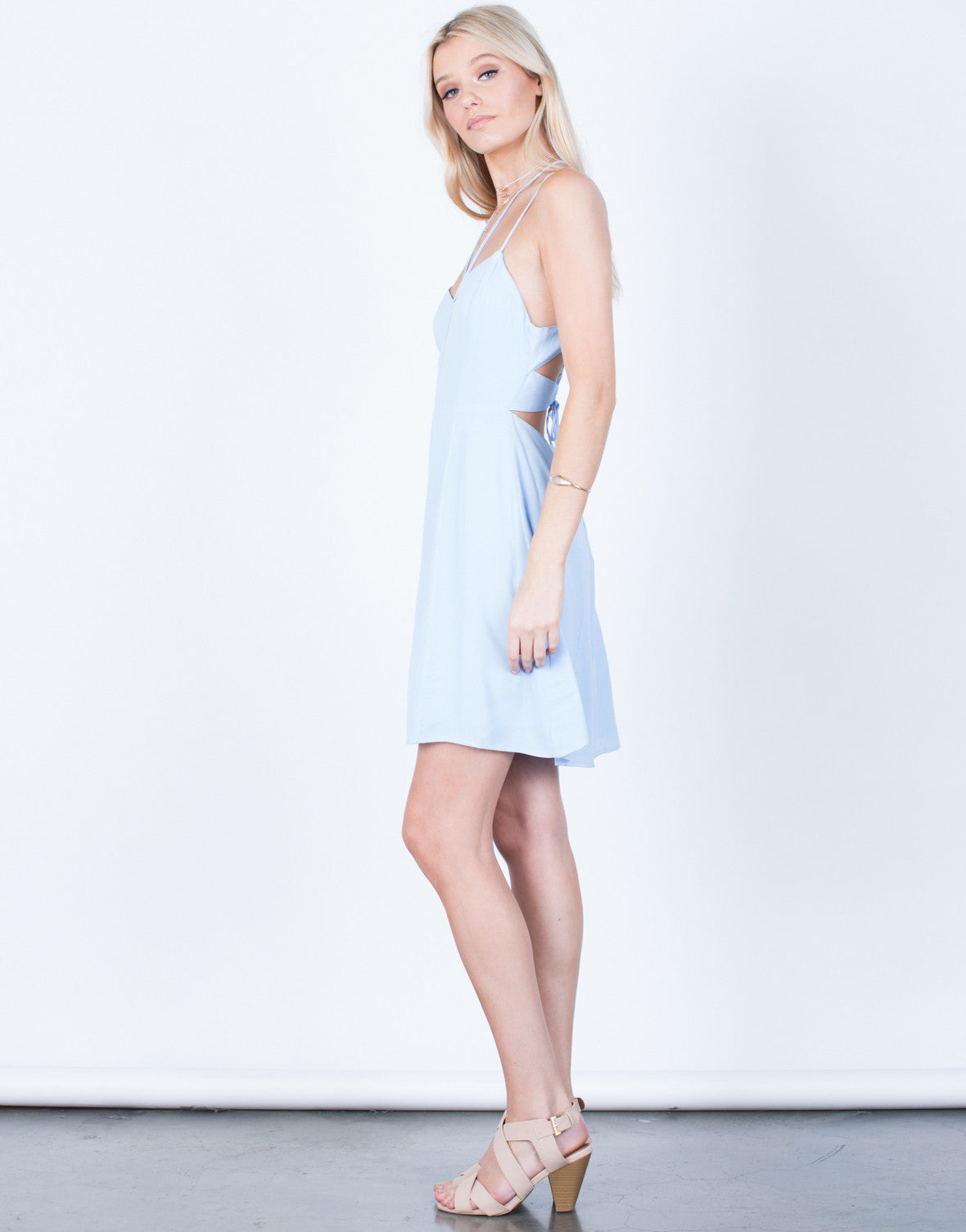Side View of Strappy Front Flowy Dress