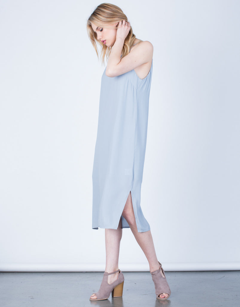 Side View of Strappy V-Neck Midi Dress