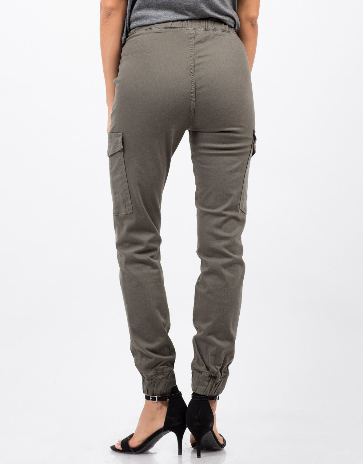 Back View of Stretchy Cargo Pants