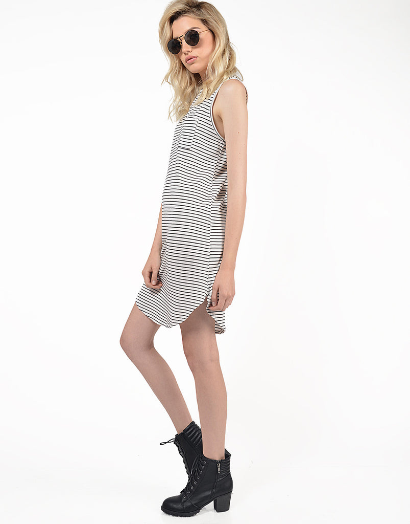 Striped Curve Hem Dress - Small - 2020AVE