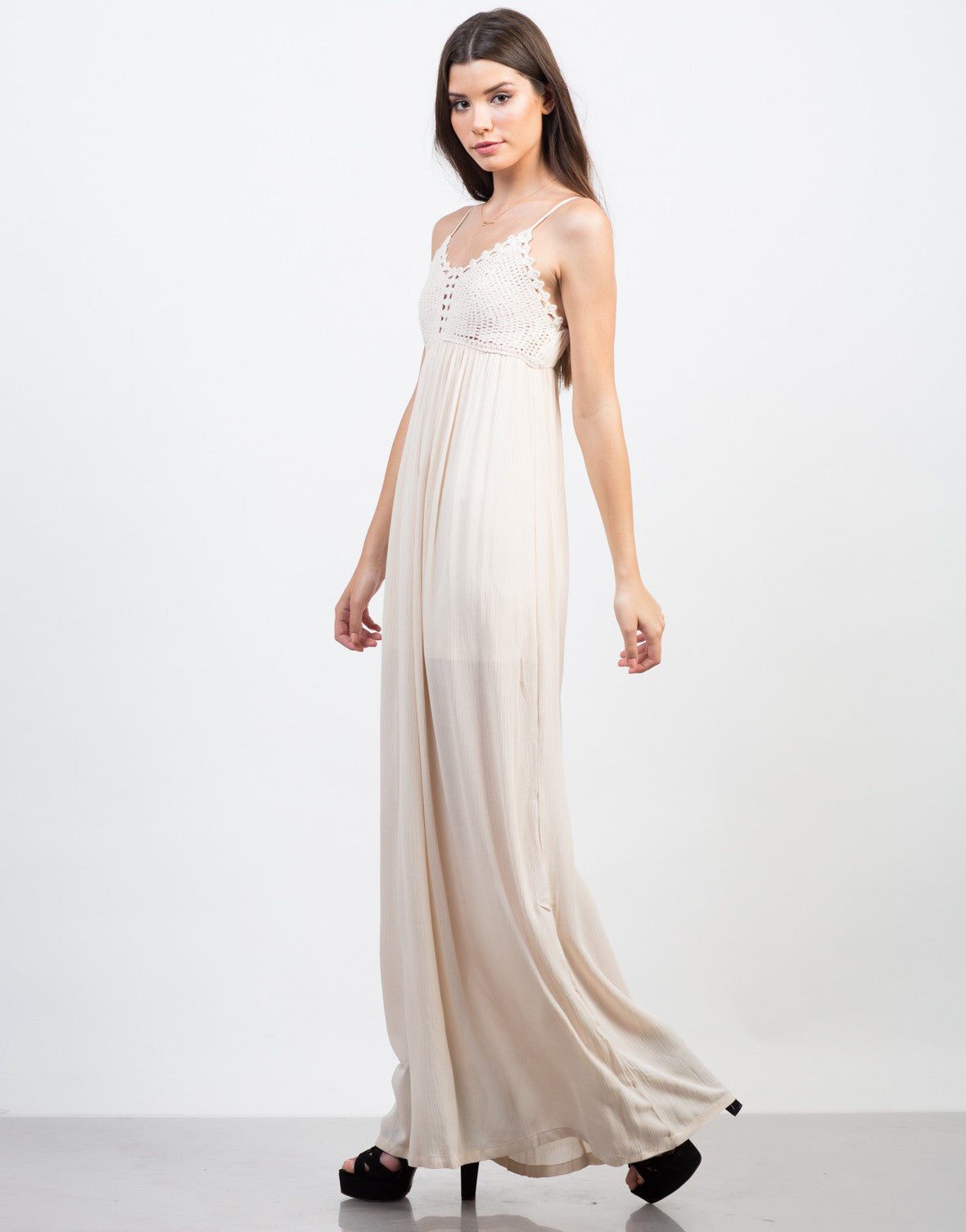 Side View of Summer Knit Maxi Dress