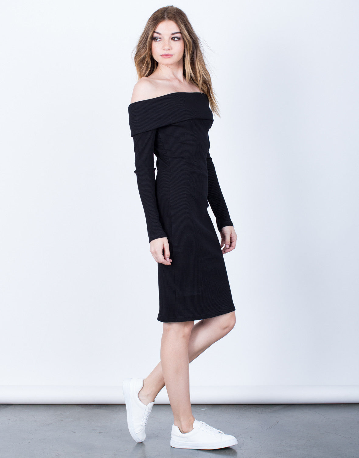 Side View of The Penelope Dress
