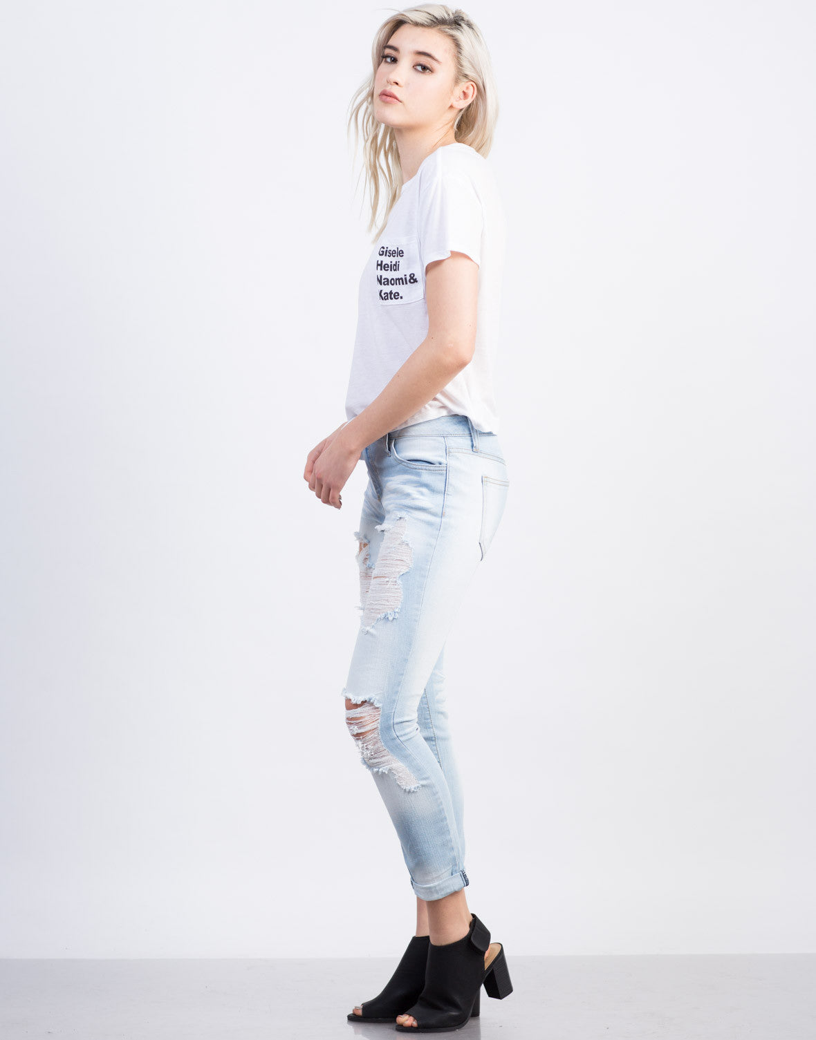 Side View of Top Model Cropped Tee
