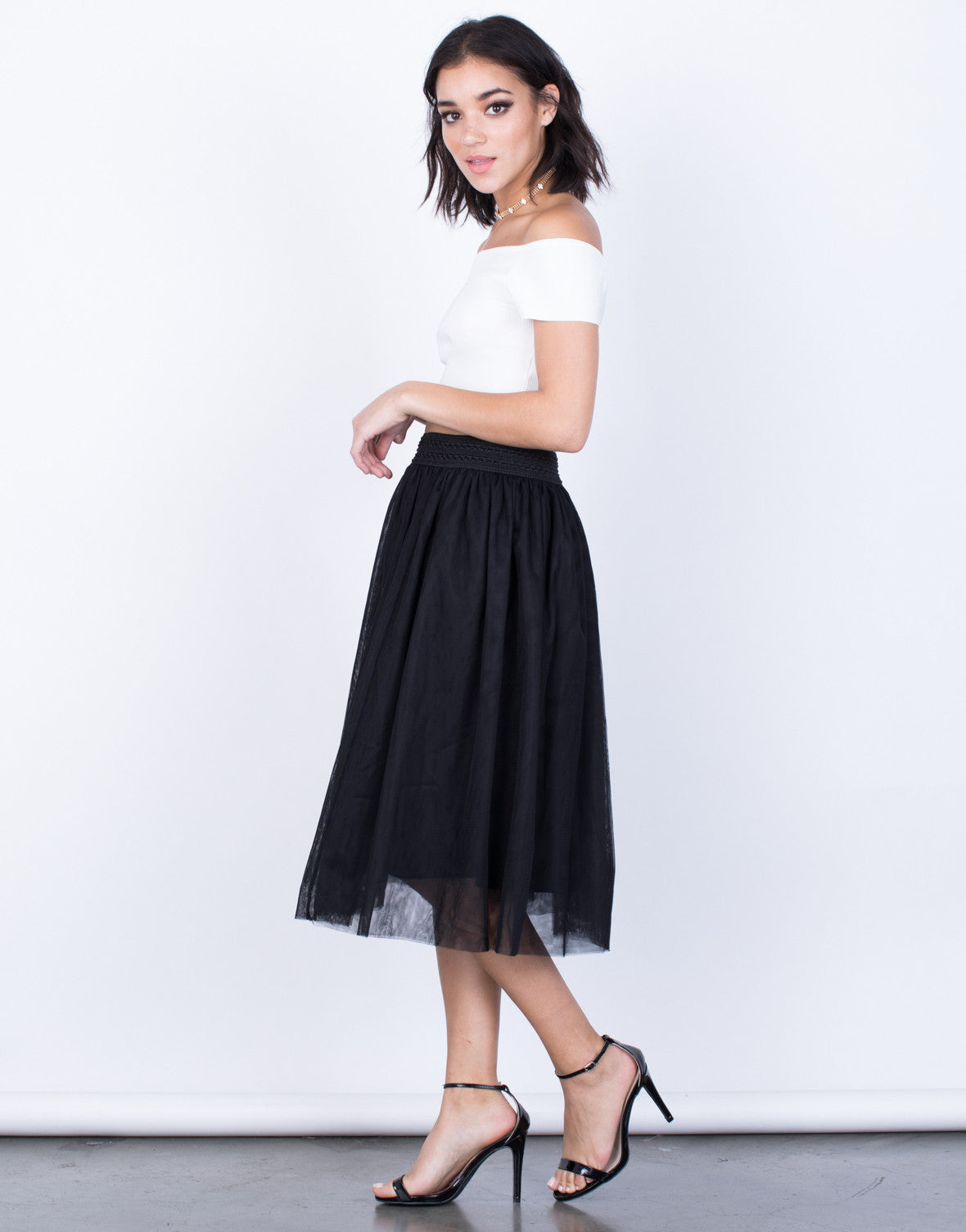 Side View of Twirl Me Tulle Skirt