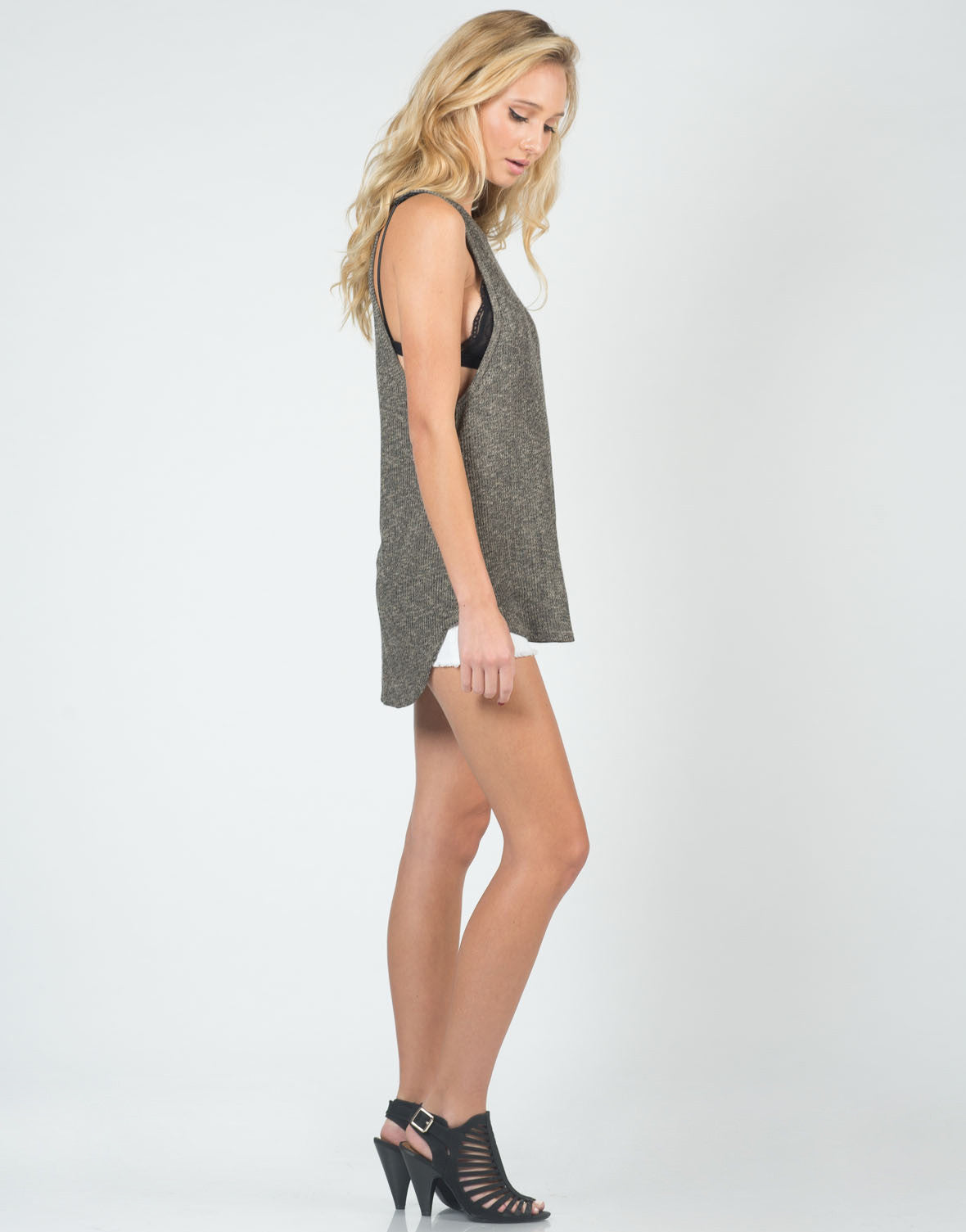 Side View of Two Tone Knitted Tank