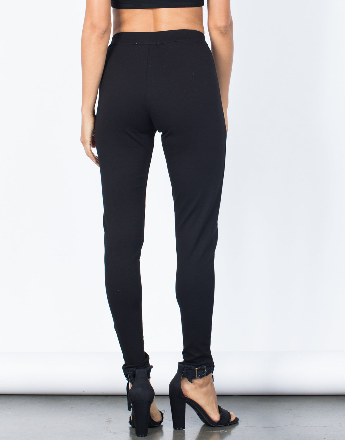 Ultimate Lace-Up Leggings - 2020AVE