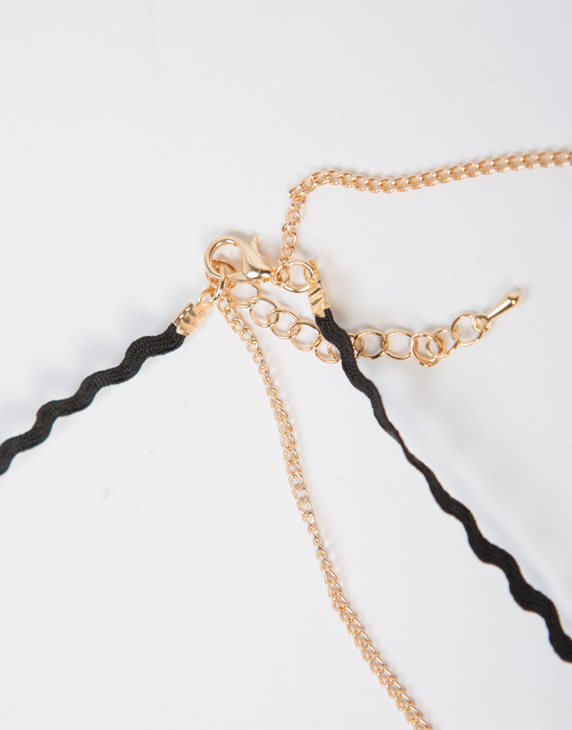 Wavy Chained Necklace