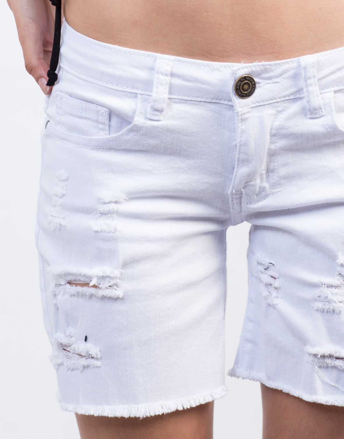 UPF sun protection Water repellent fabric Garment pigment dyed / enzyme washed Faded worn-in look Comfort fit with full elastic waist Attached belt Zip secure back pocket Gusset detail Adjustable leg openings Inseam: 11