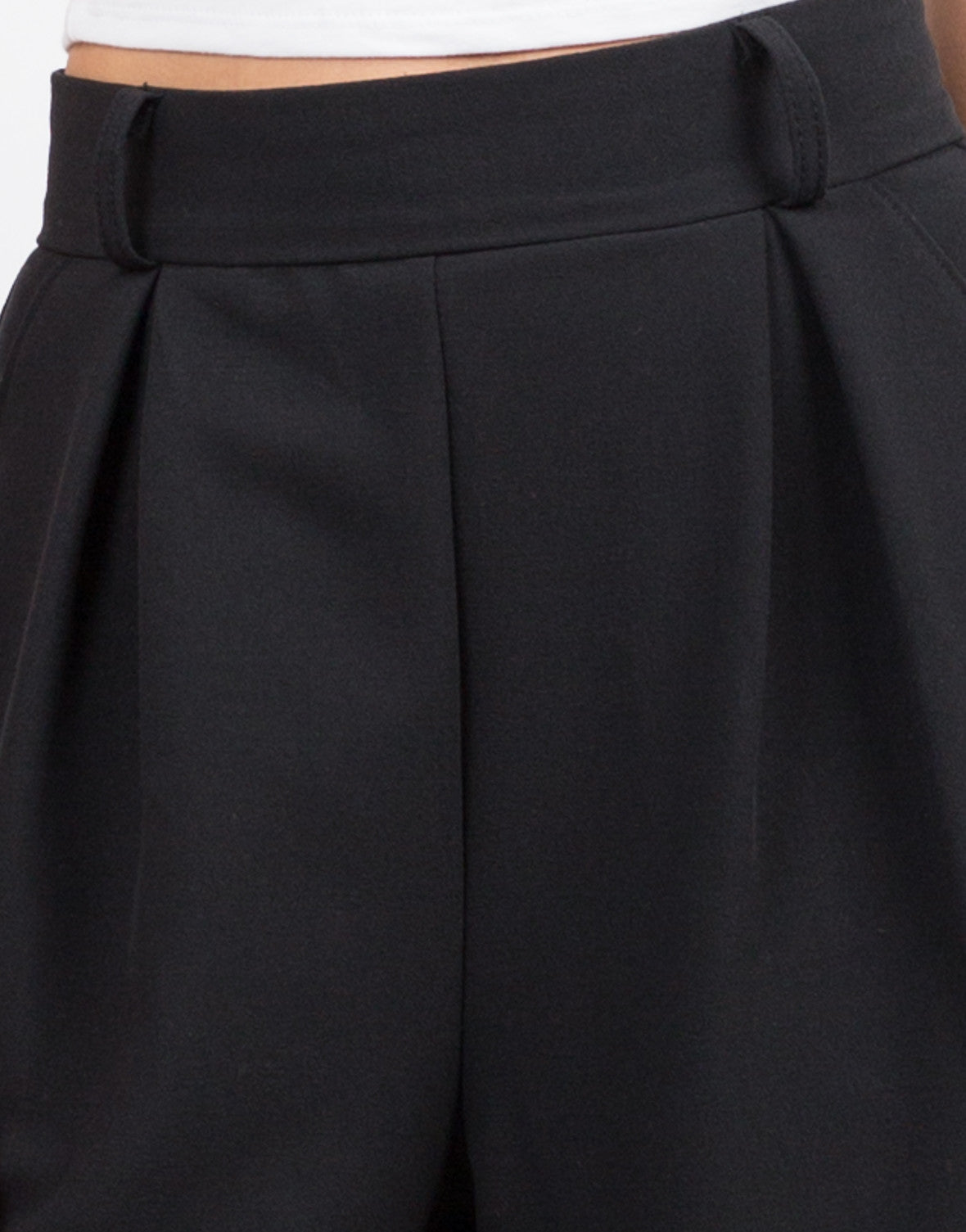 Detail of Wide Leg Culotte Pants