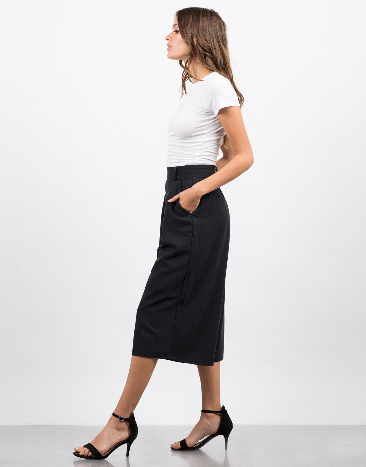 Side View of Wide Leg Culotte Pants