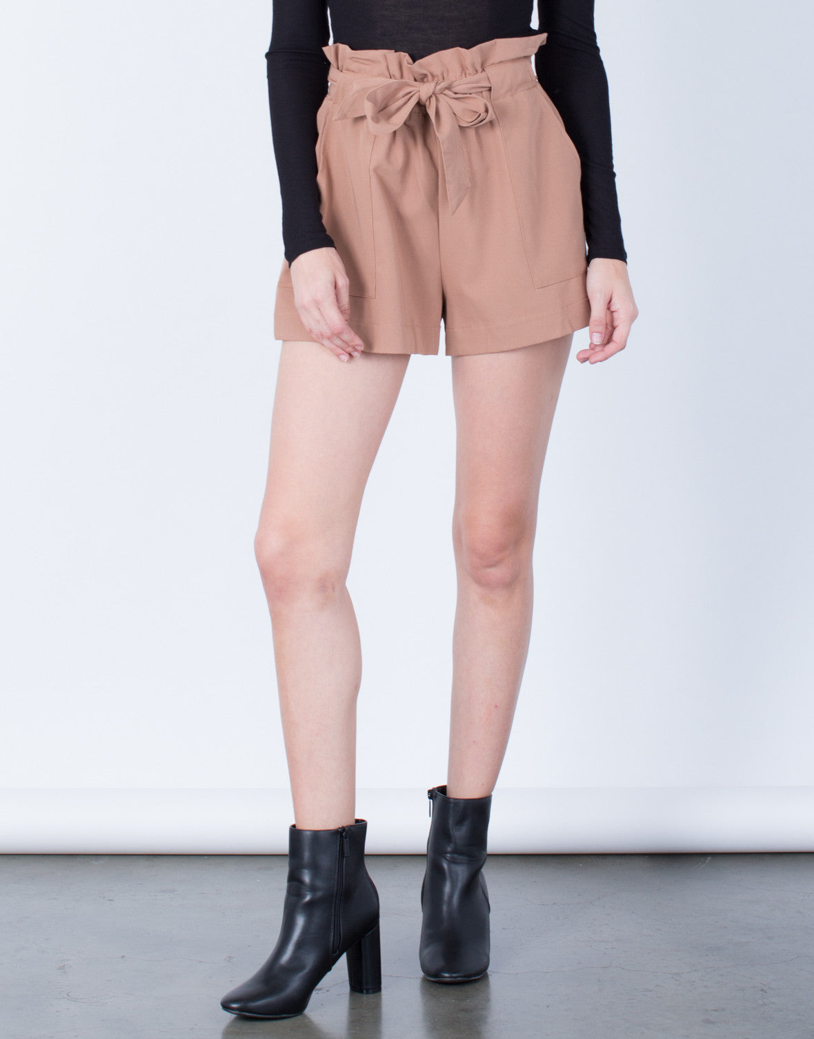 Front View of Woven Waist Tied Shorts