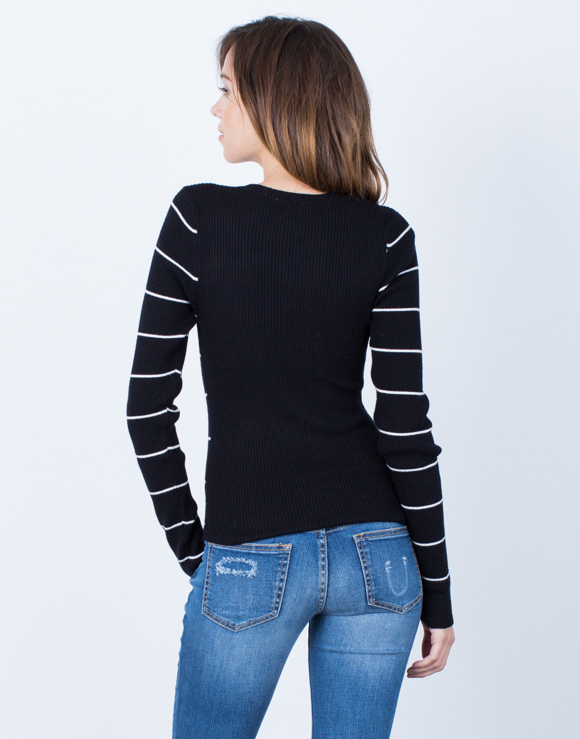 Back View of Your Everyday Sweater Top