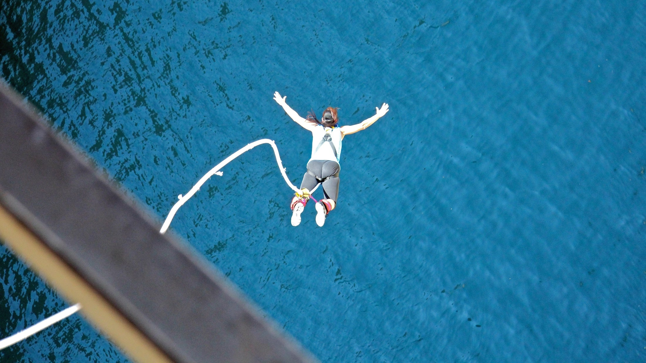 Club Fearless Test #15 Bungee Jump from 200 feet or higher