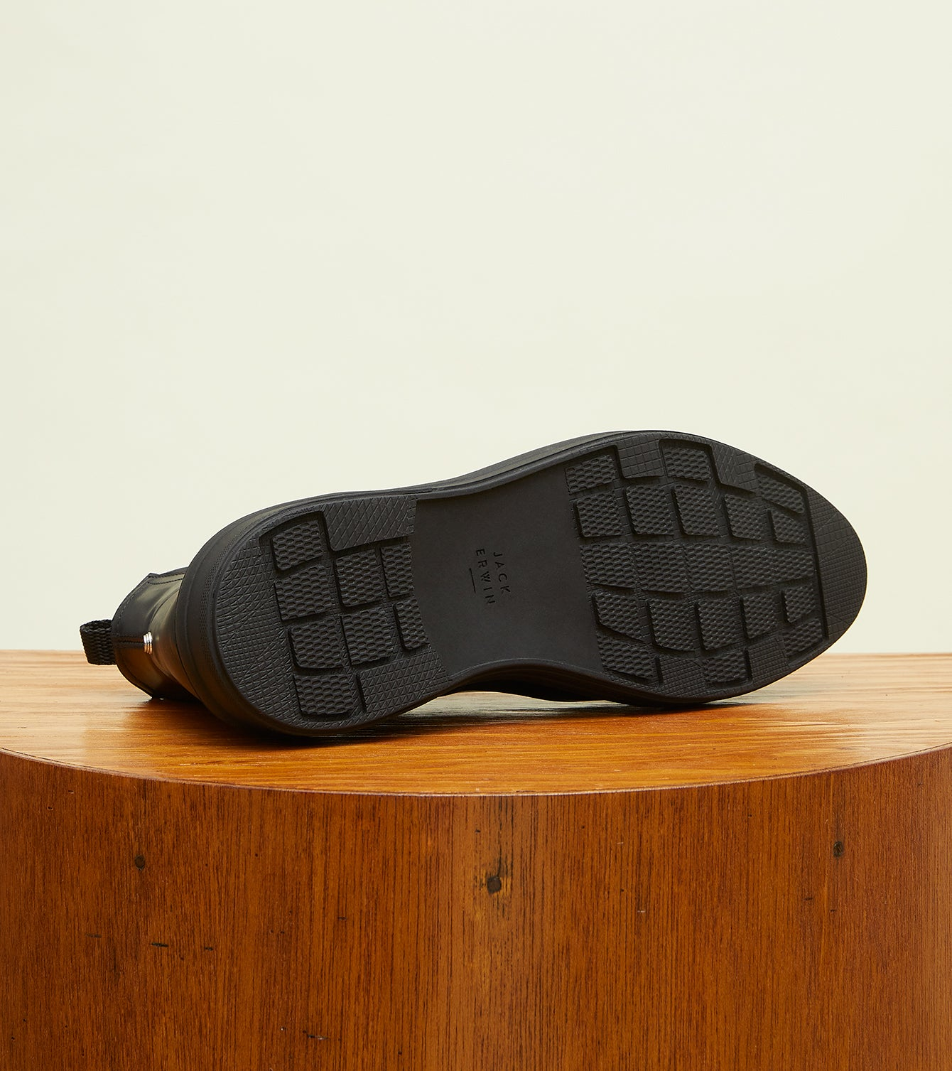 black-polished-leather-black-outsole