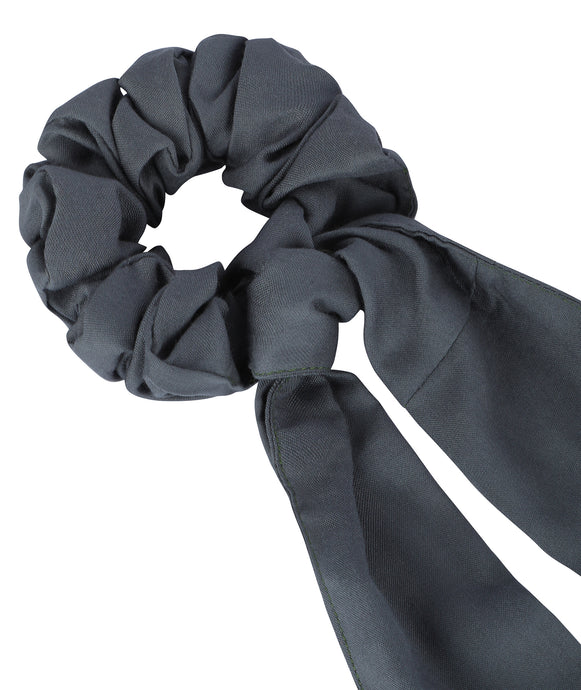 The Solid Scrunchy-Cum-Bandana Set